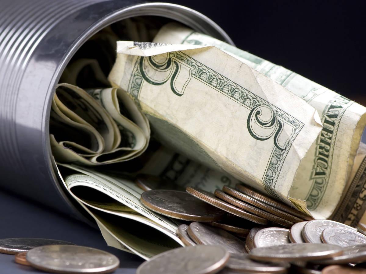 emergency kit list cash money